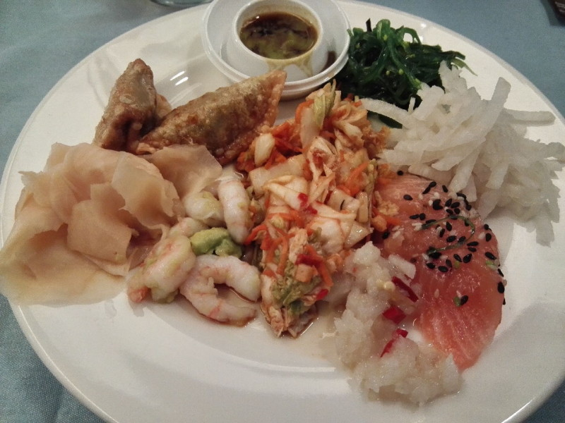 Asiatisch angehauchtes Essen an Bord der M/S Romantika (lecker!)