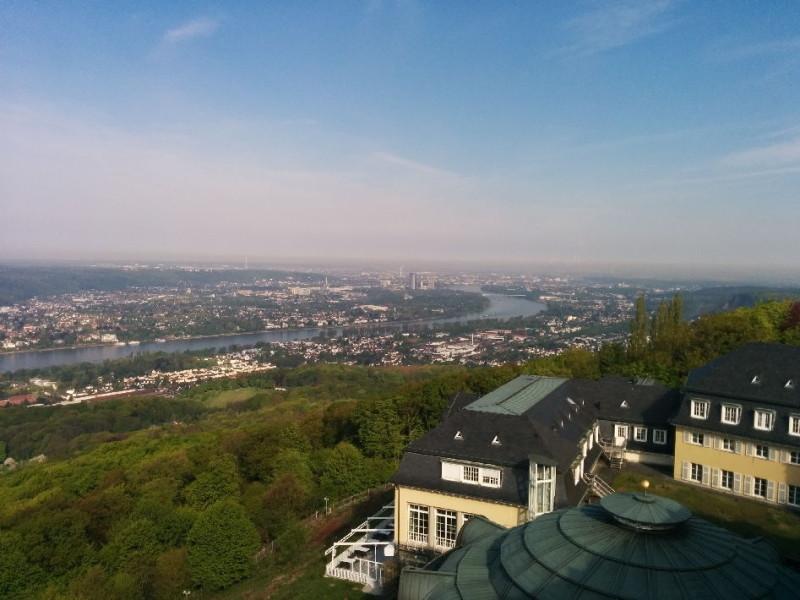 Ausblick vom Dach des Steigenberger Grand Hotels Petersberg