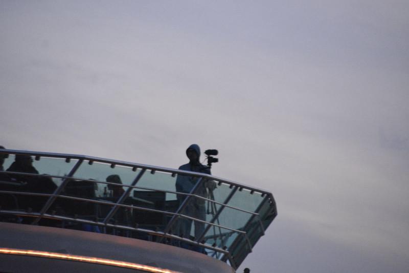 Gute Positionierung von Jan am Bug des Schiffes