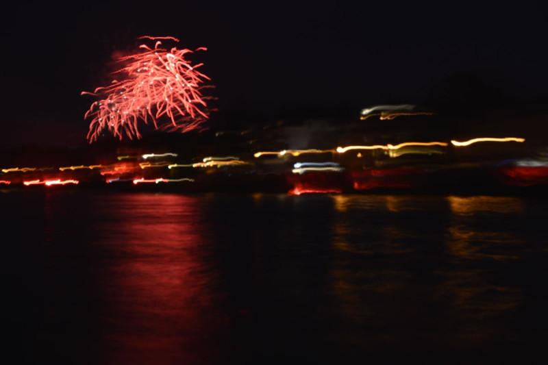 Missratenes Feuerwerksbild 2 bei Rhein in Flammen Bonn