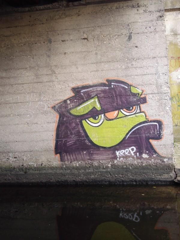 Streetart (Waterart???) im Kanal in Riga