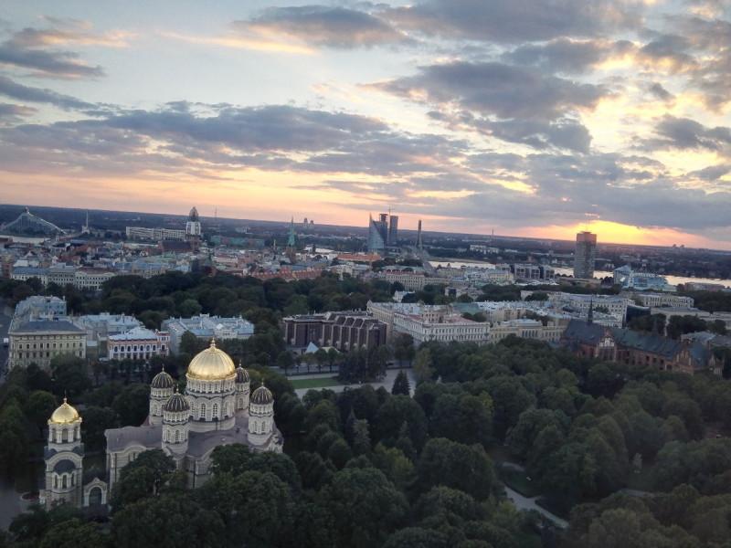 Ausblick aus der Bar 26th Floor im Radisson Blu Latvija Riga