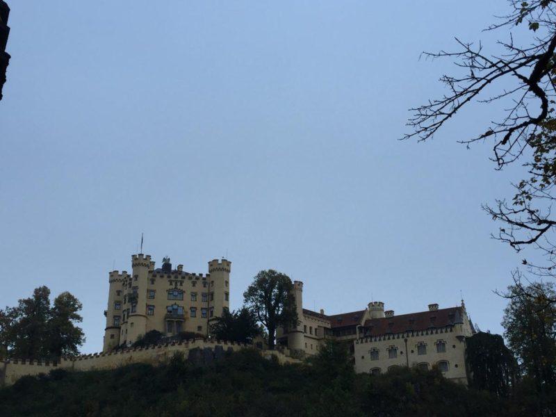 Schloss Hohenschwangau vom Parkplatz aus