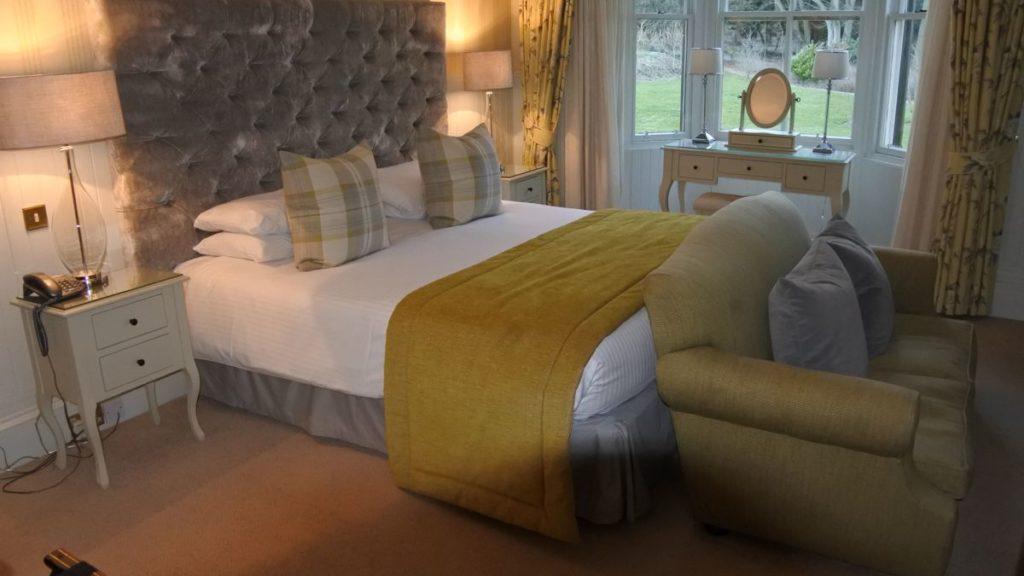 Gemütliches Bett im Hotel Balbarnie House in Markinch in Fife / Schottland