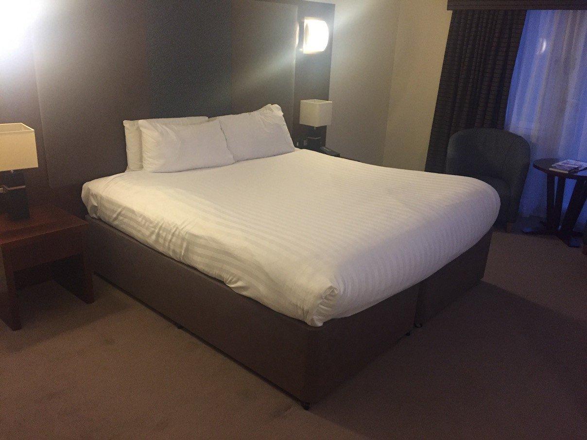 Mein großes Bett im Keavil House Hotel