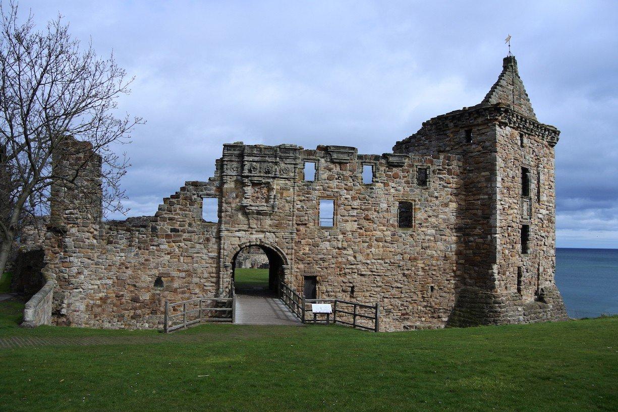Der Eingang zu St Andrews Castle