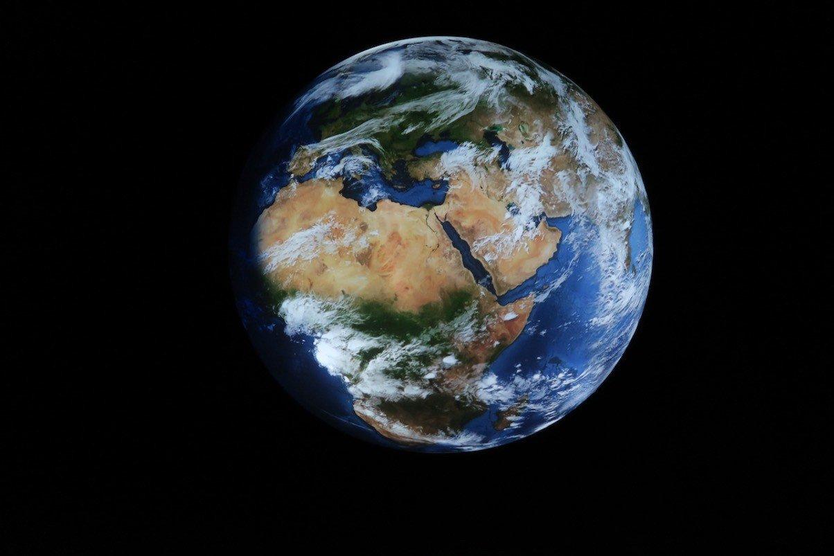 Die Erde von unten im Gasometer Oberhausen