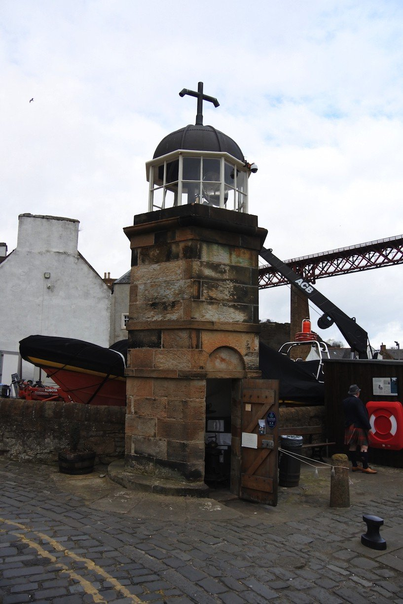 North Queensferry Light Tower