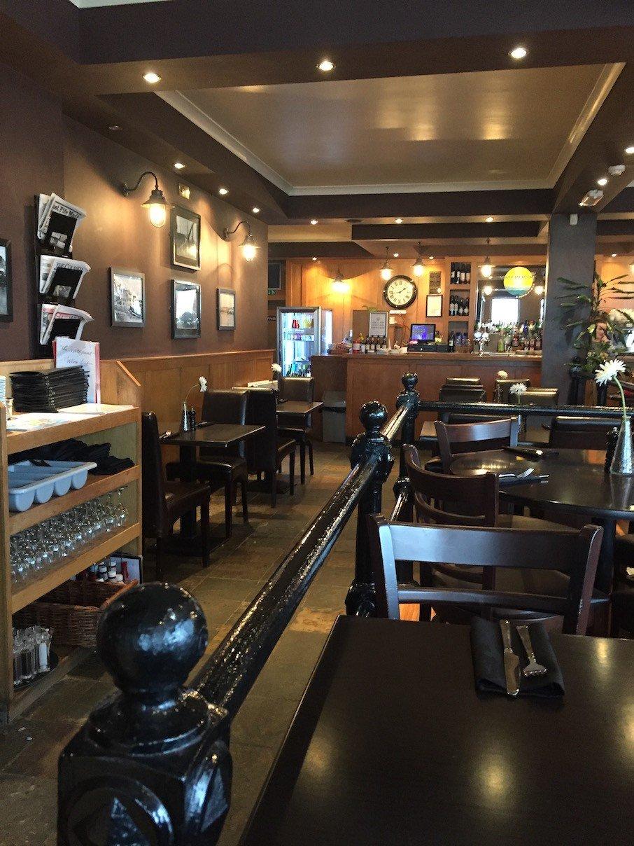 Blick ins Waterfront Restaurant in Anstruther, wo wir mittags fantastisch essen werden