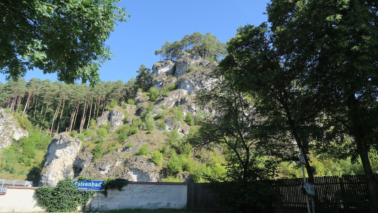 Felsenbad Pottenstein - bzw. die Felsen darüber ;)