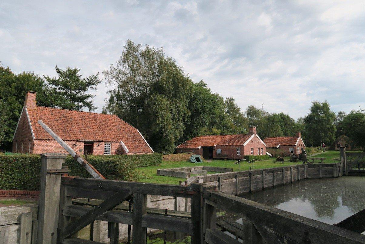 von-Velen-Anlage in Papenburg von außen