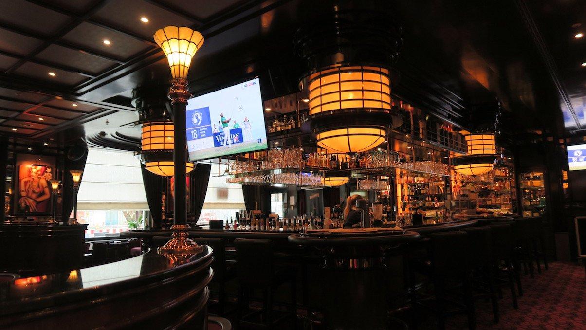 Ein Blick auf die Bar