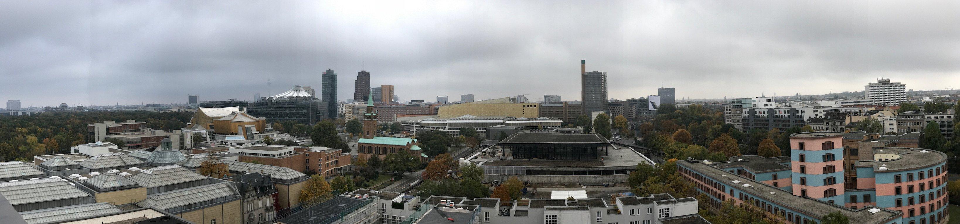 Panoramablick von der Terrasse der Präsidentensuite des Maritim Hotels Berlin