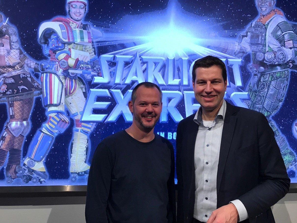 Der Oberbürgermeister von Bochum, Thomas Eiskirch, und ich bei Starlight Express