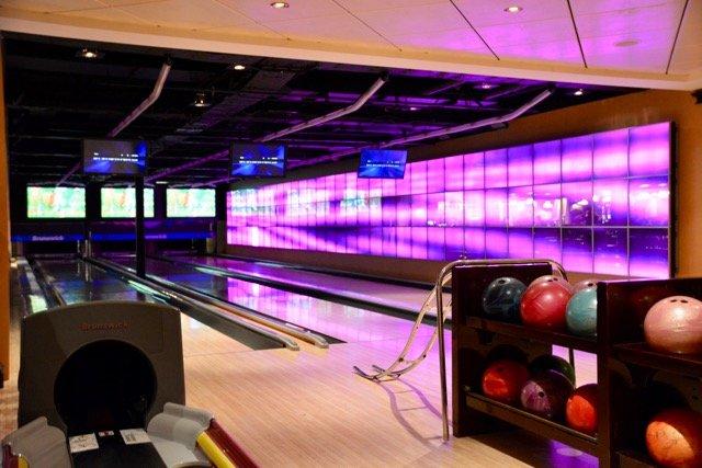 Bowling an Bord