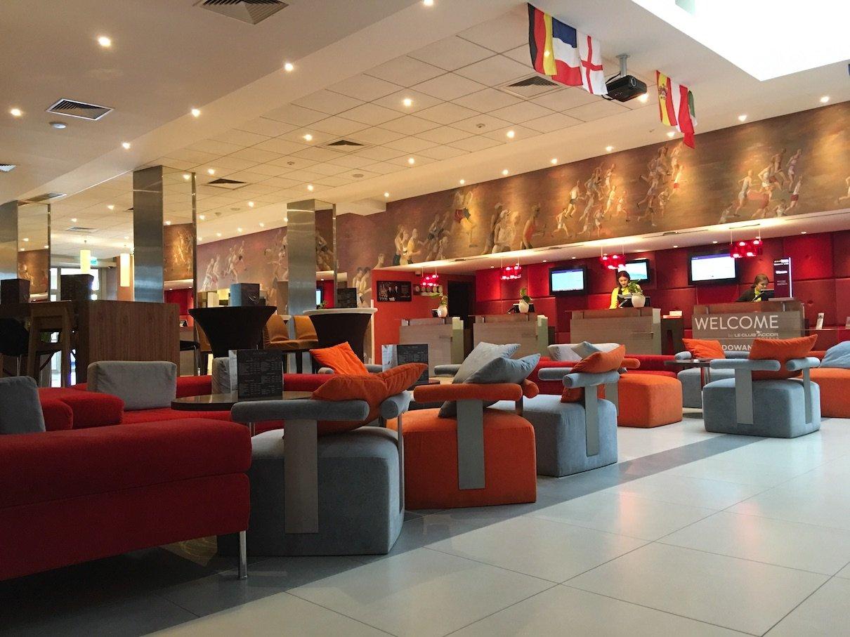 Lobby und Rezeption des Hotel Mercure Warszawa Grand