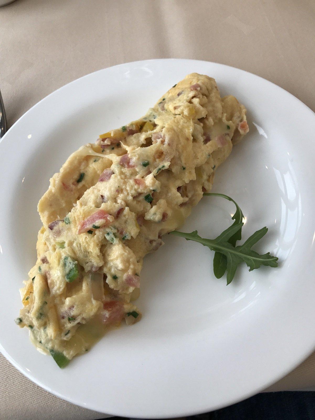 Mein leckeres frisches Omelette zum Frühstück im Waldhotel Davos