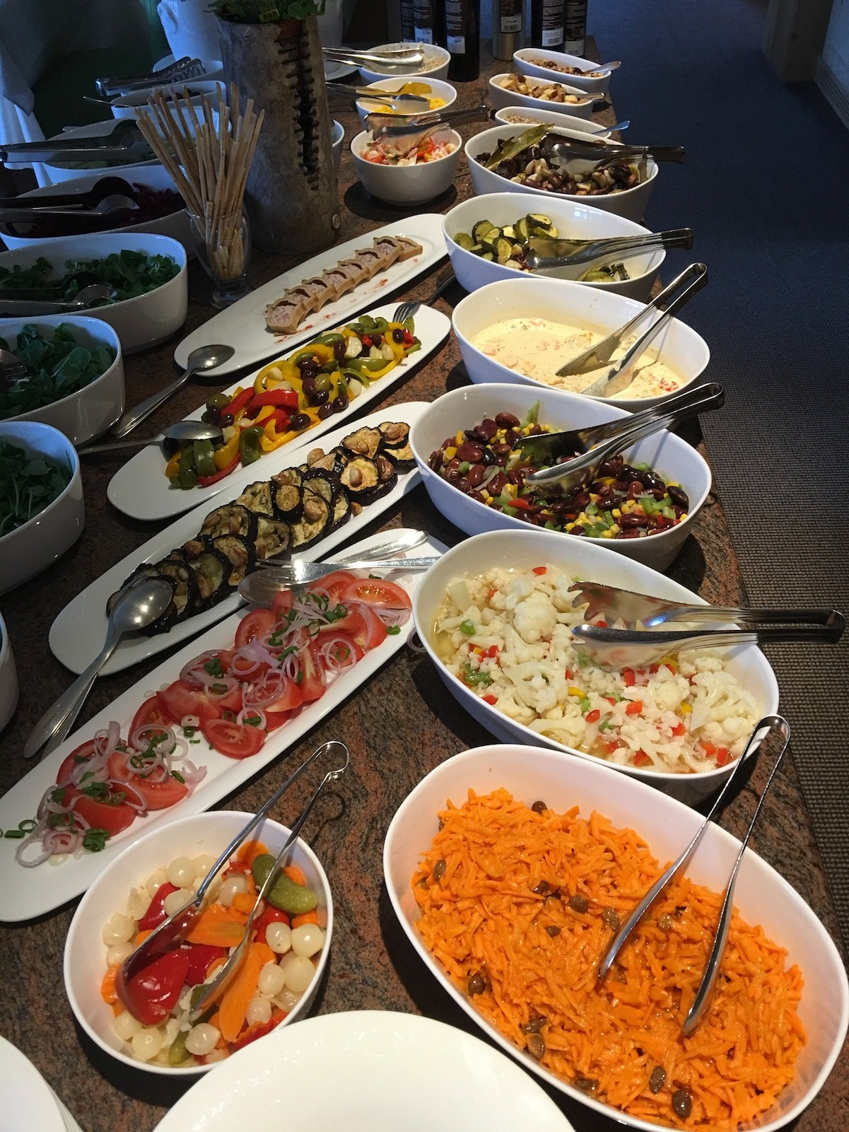 Salatbuffet im Hotel Aurora in Lech am Arlberg