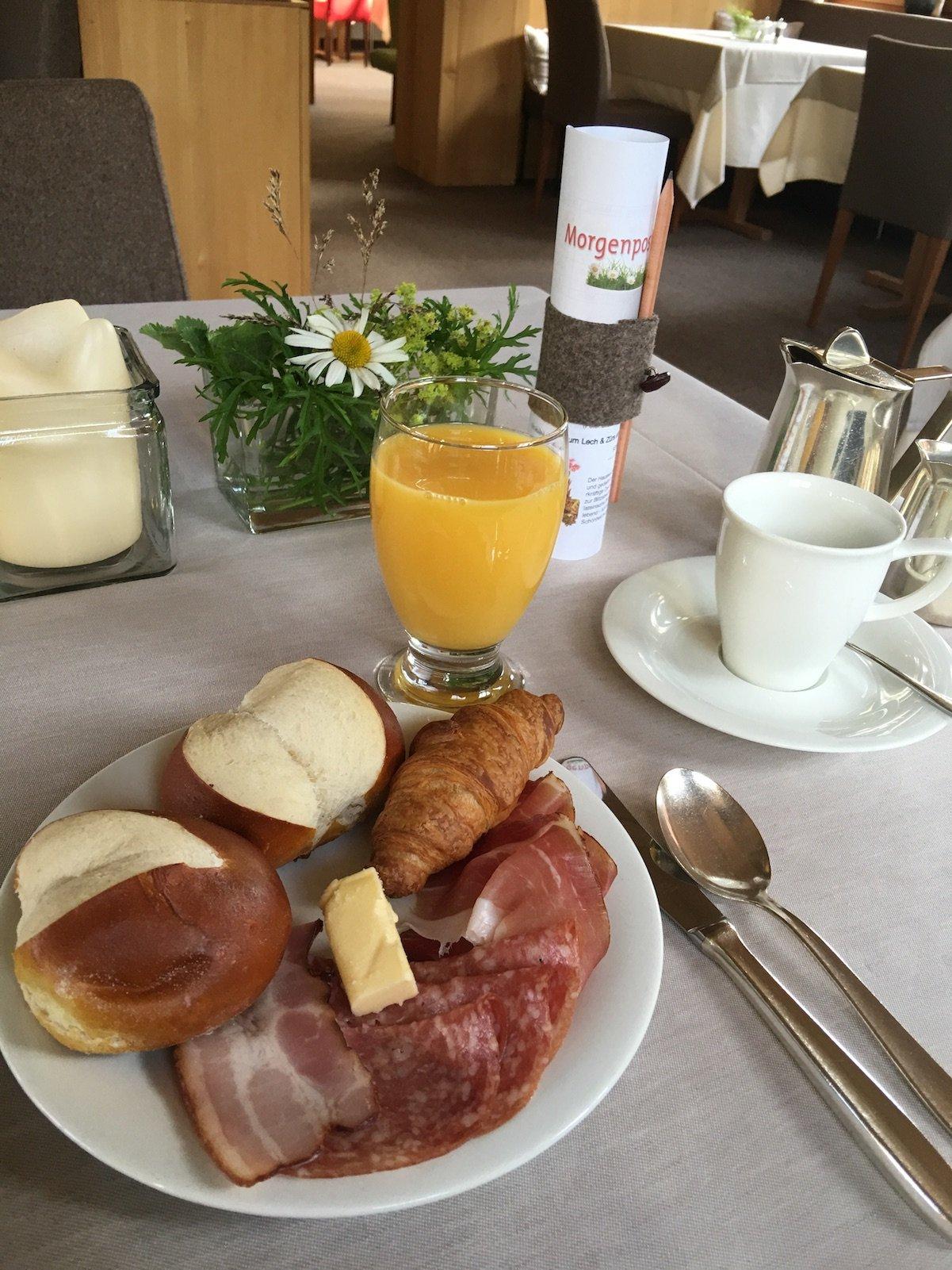 Schöner Frühstücksteller im Hotel Aurora, den ich mir zurecht gemacht habe