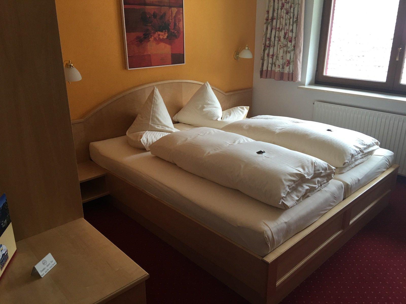 Mein Bett im Hotel Landgasthof Lilie Höfen