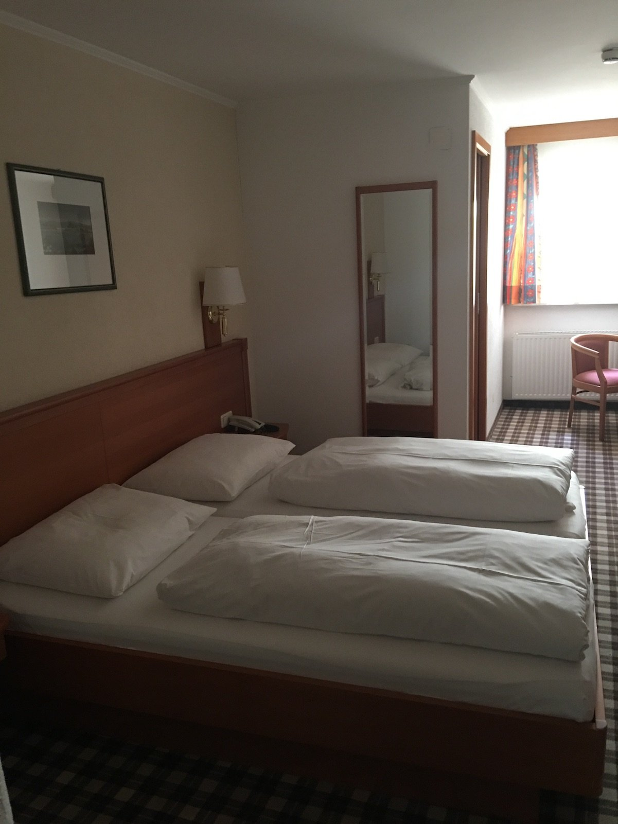 Blick ins Zimmer im Hotel Mohren in Reutte