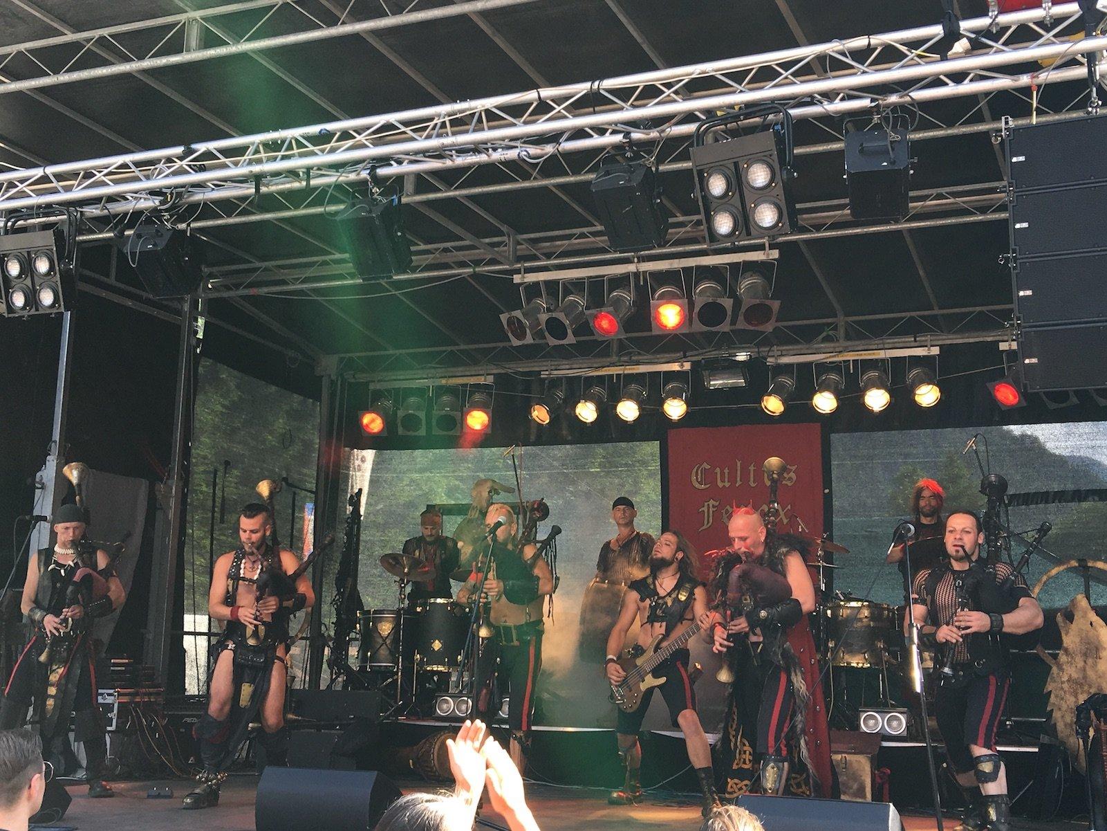 Cultus Ferox in conercert auf den Ehrenberg Ritterspielen in Reutte
