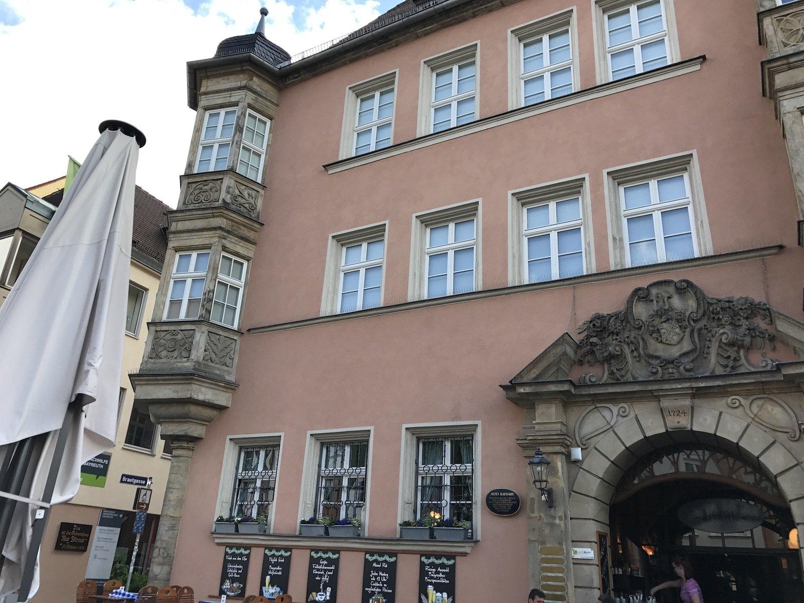 Das Oskar Bayreuth von außen