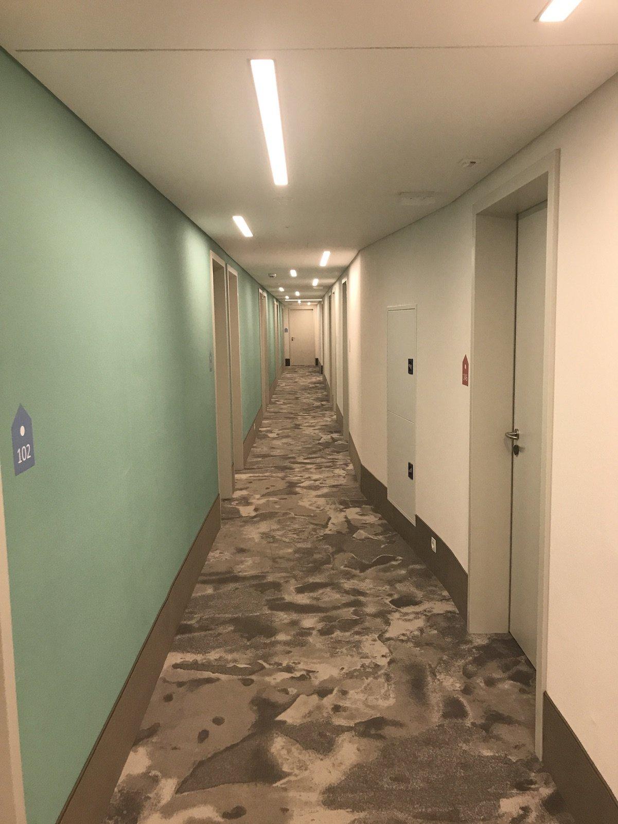 Gang im 4Rest Hotel Hall