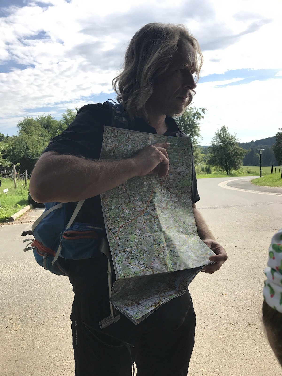 Uli Büscher vom Nürnberger Land, ein perfekter Gästebetreuer und Planer zeigt uns auf der Landkarte die heutige Route