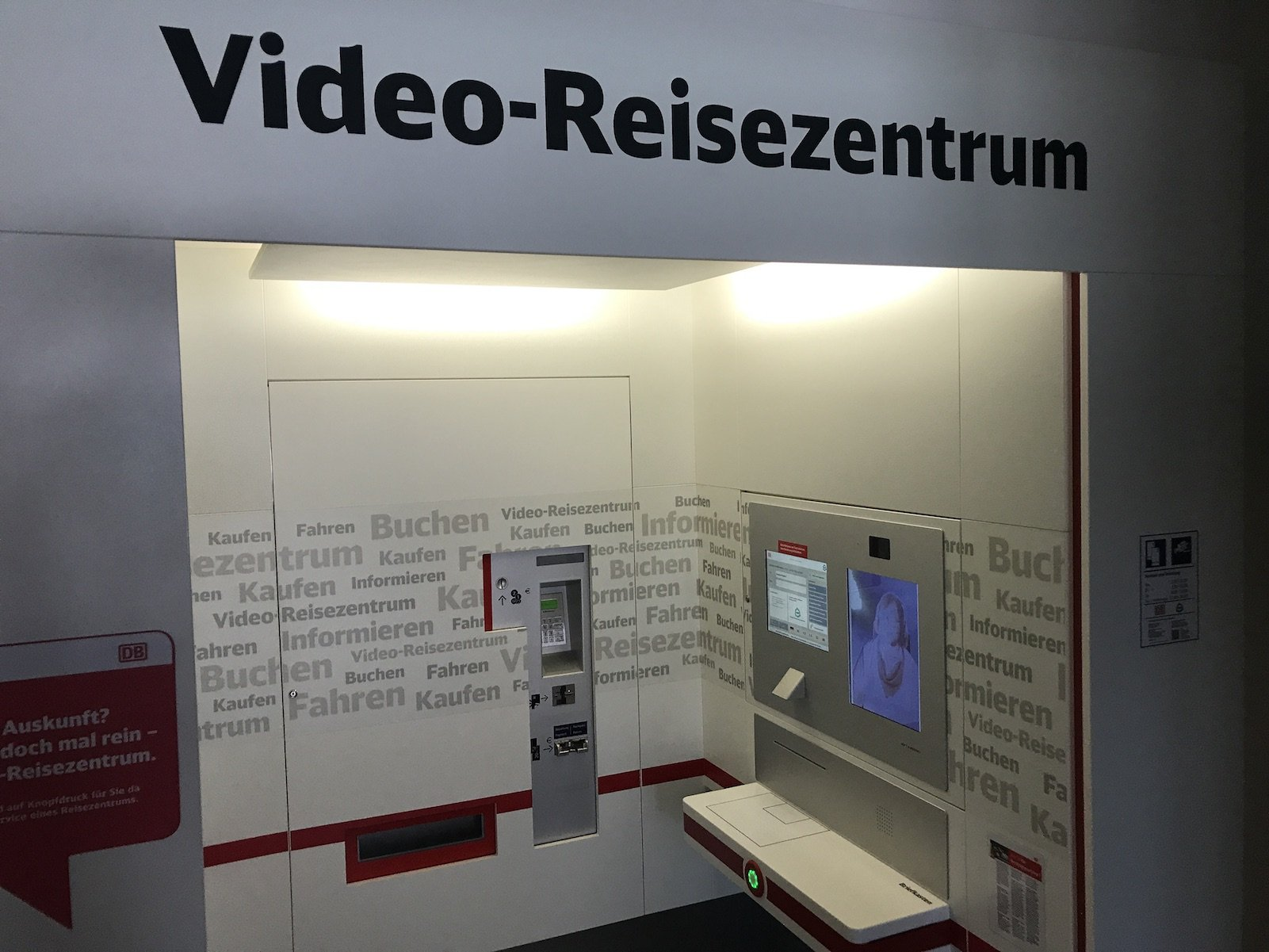 Video-Reisezentrum der Bahn in Neuhaus an der Pegnitz