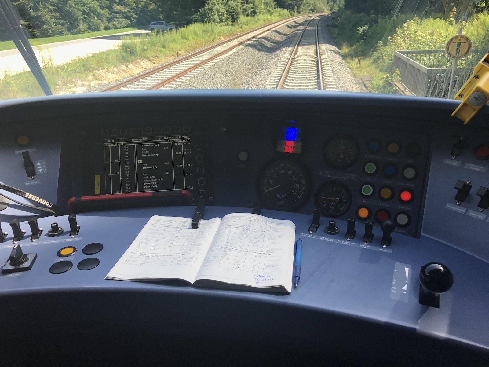 Führerstand der Bahn