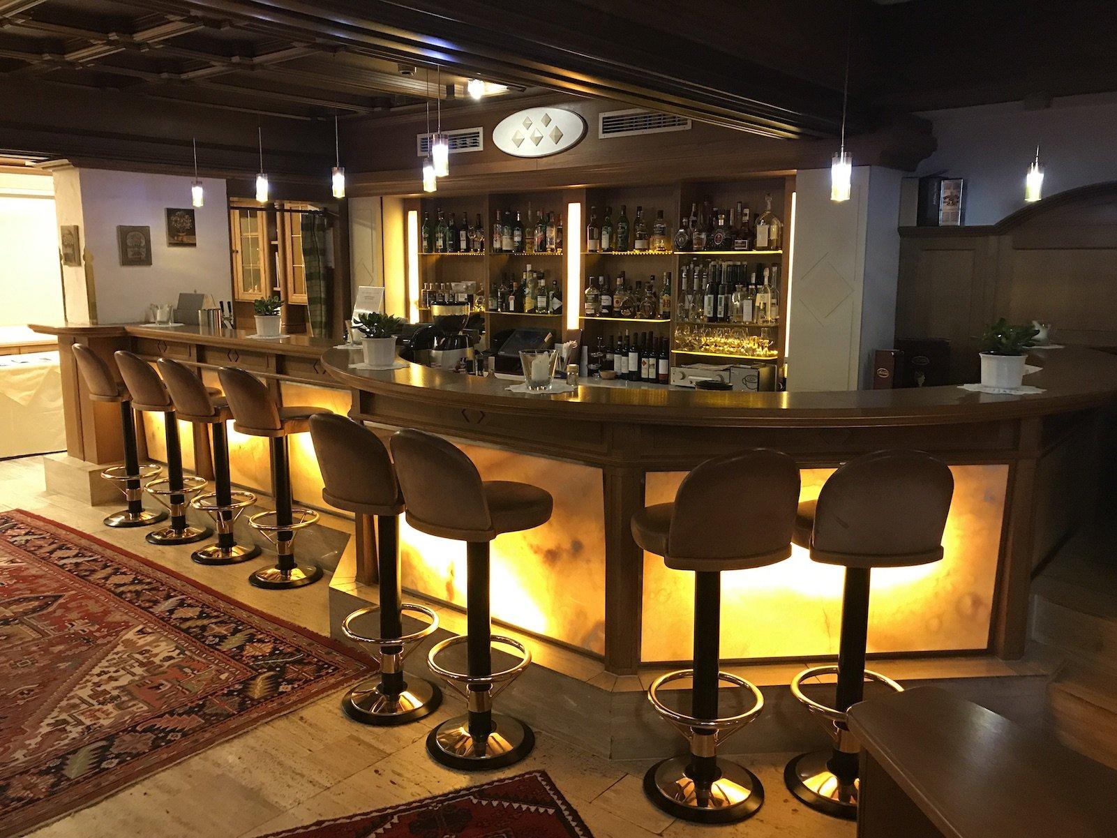 Die Bar im Hotel Pulverer