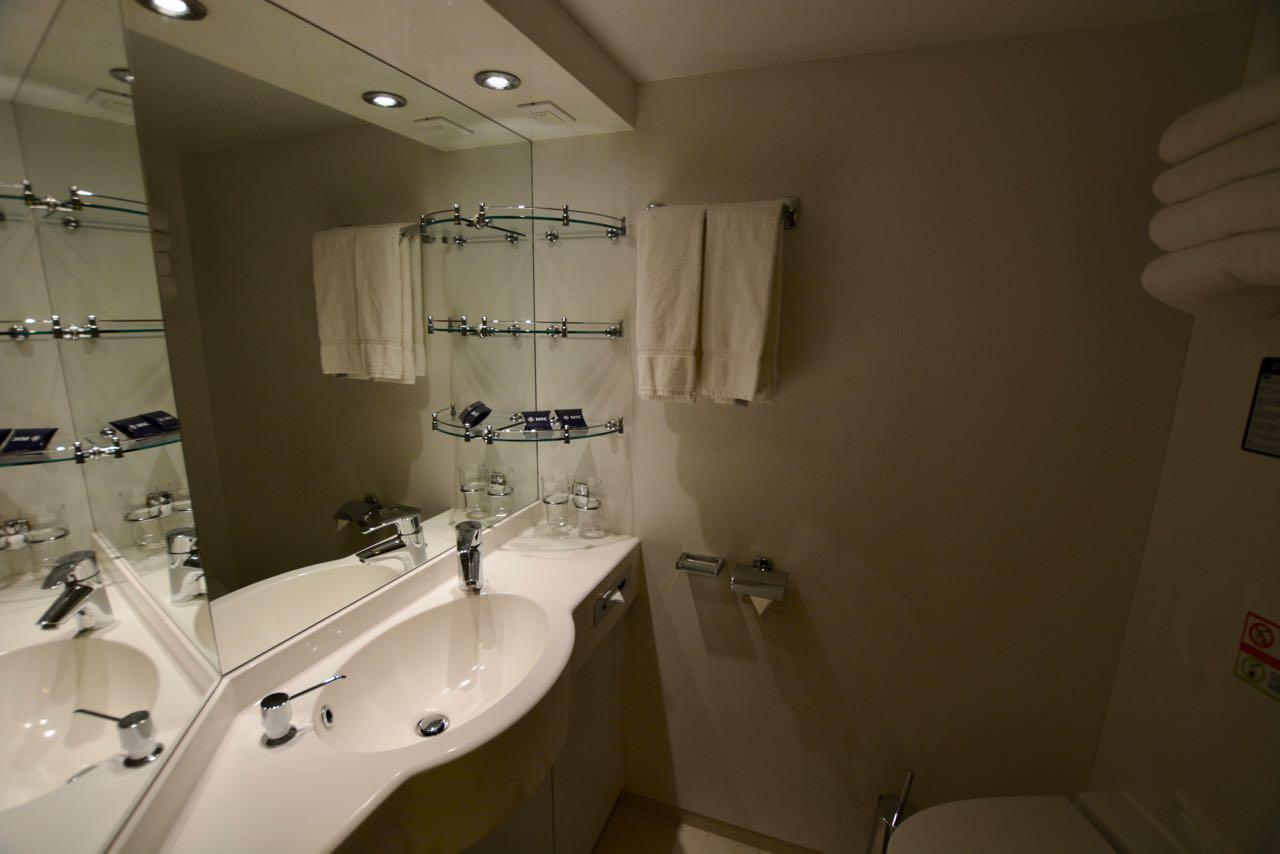 MSC Fantasia Innenkabine Badezimmer