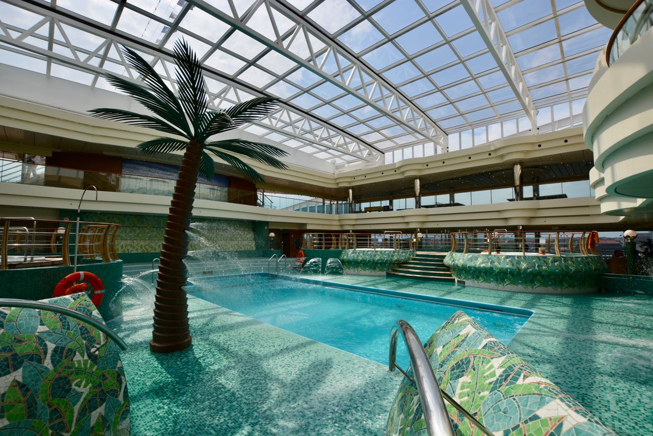 MSC Fantasia Indoor Pool