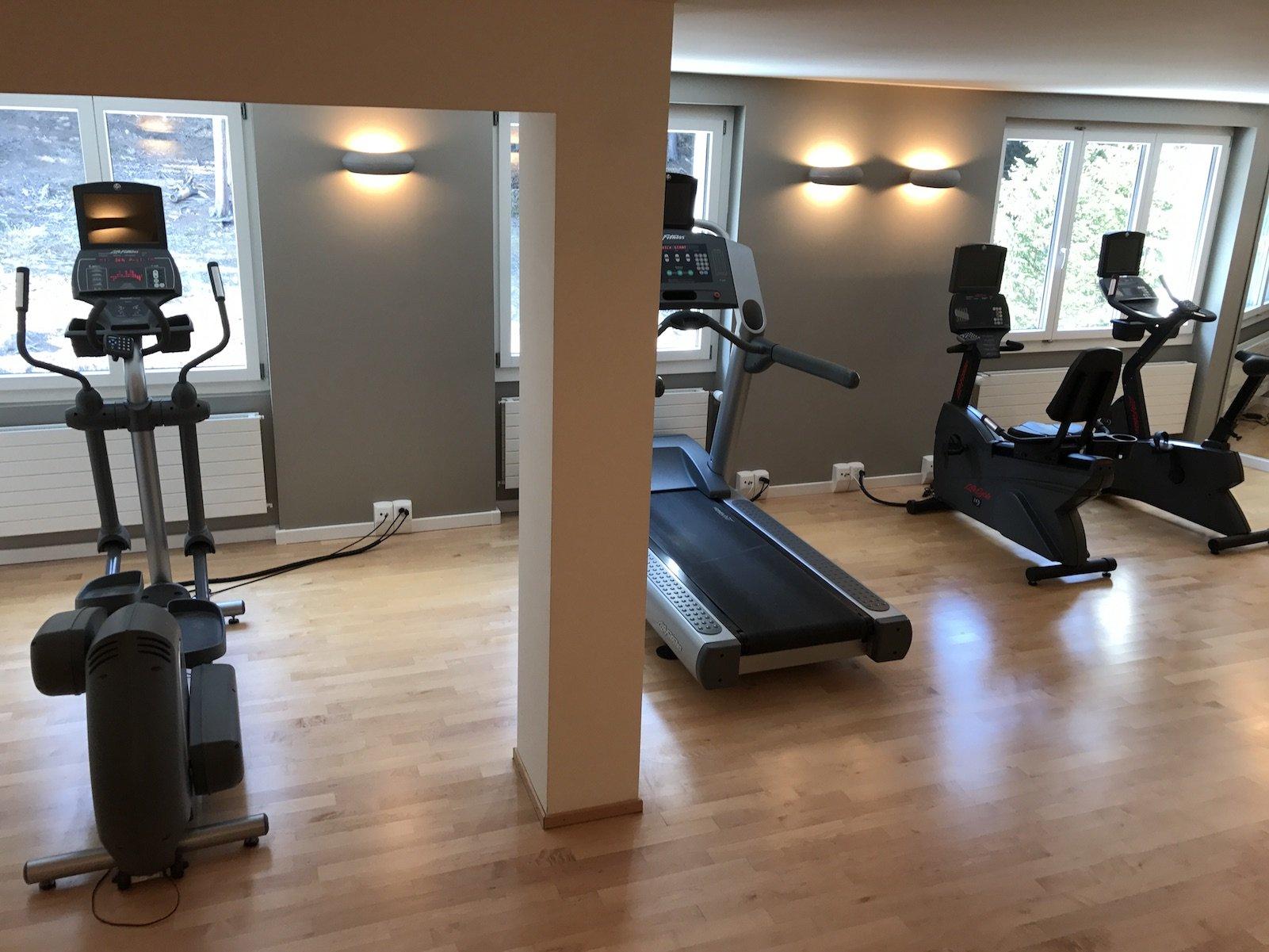 Fitnessraum im Waldhotel Davos