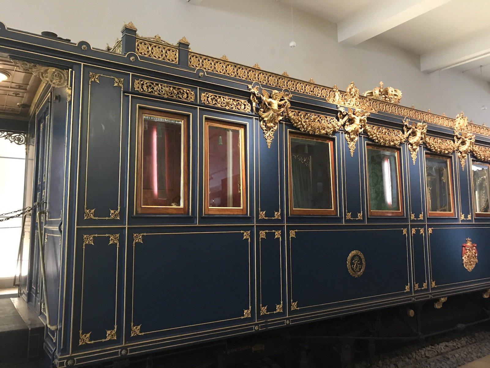 Salonwagen des bayrischen Königs Ludwig II. - andere Seite