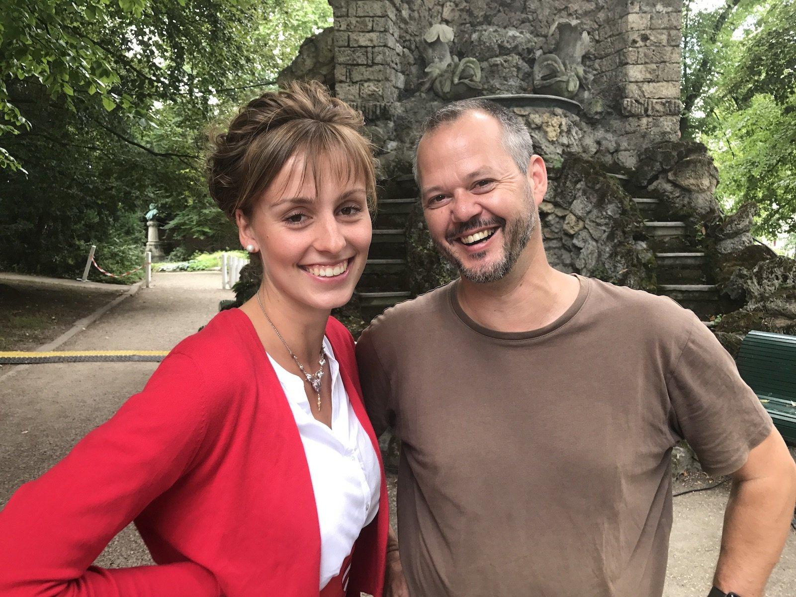 Die liebenswerte Backfischbraut Franziska Henrici und der olle Reiseblogger Hubert in Worms