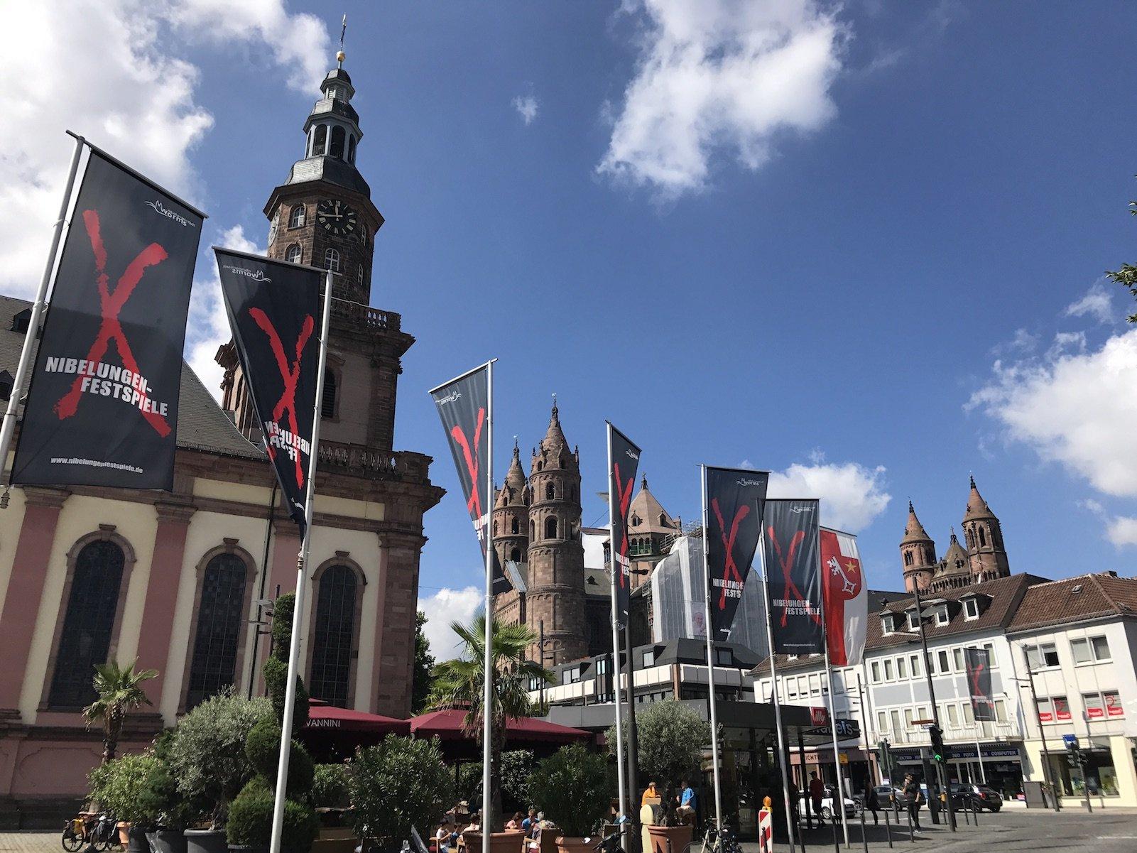 Werbung für die Nibelungenfestspiele 2017 in Worms