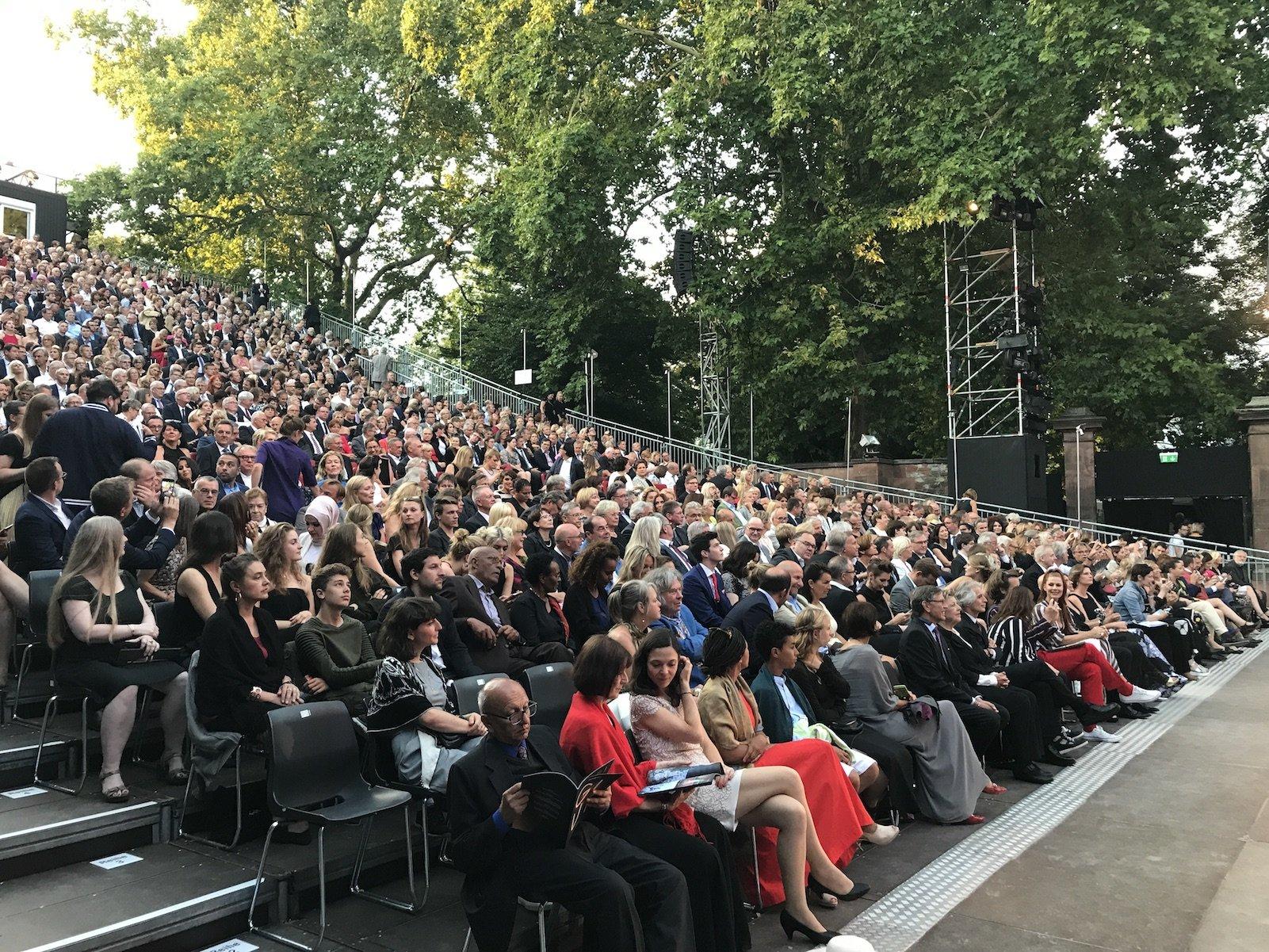 Das Premierenpublikum der Nibelungenfestspiele Worms 2017