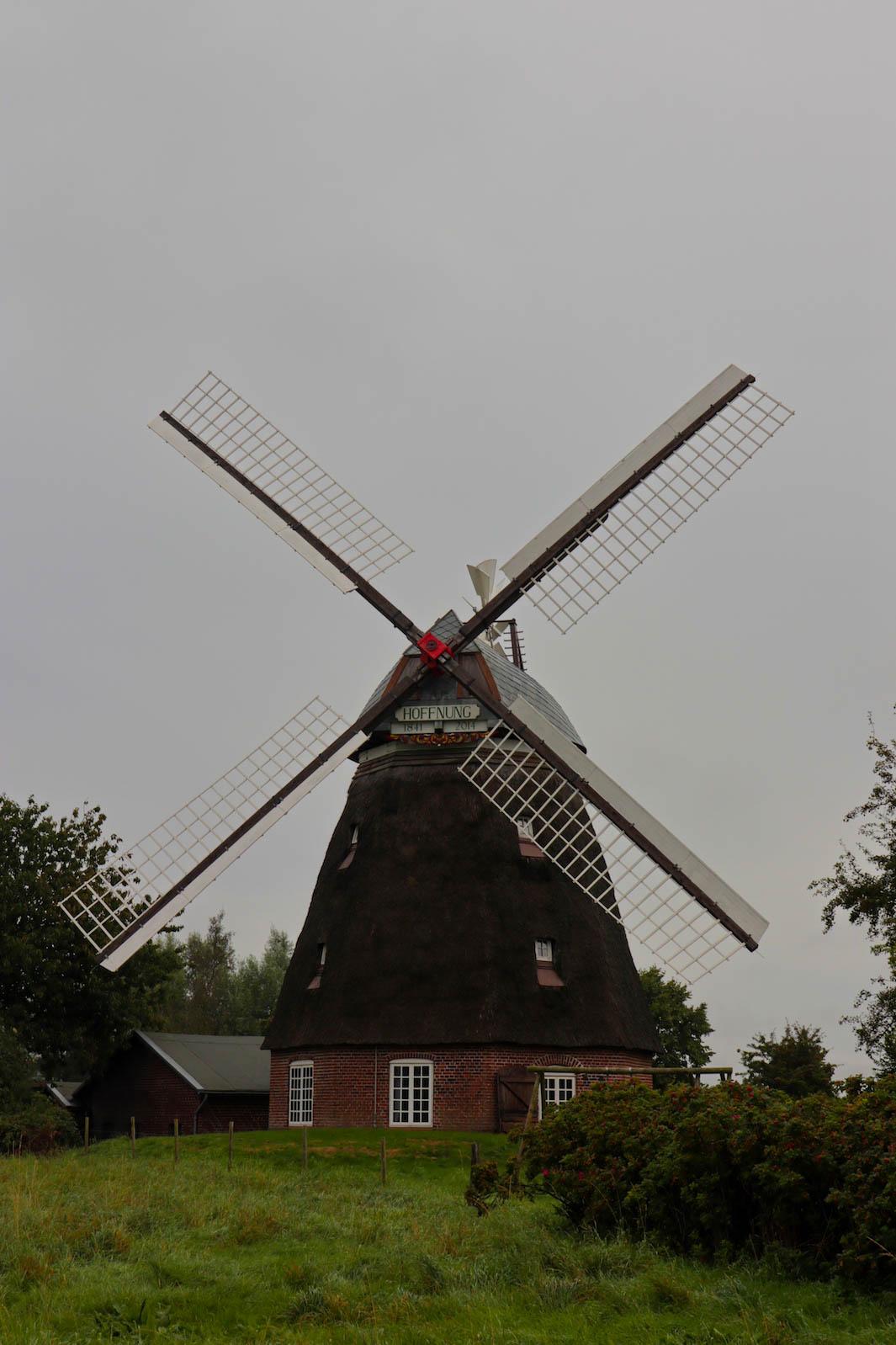 Windmühle am Wegesrand
