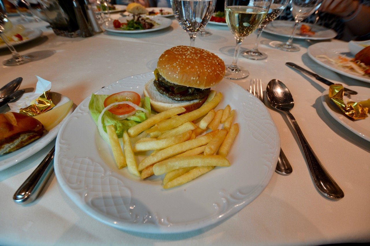 MSC Fantasia Burger