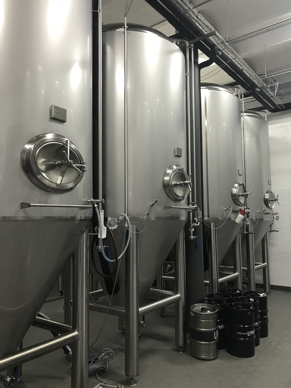 Biertanks bei der Bremer Union Brauerei (Stahltanks)