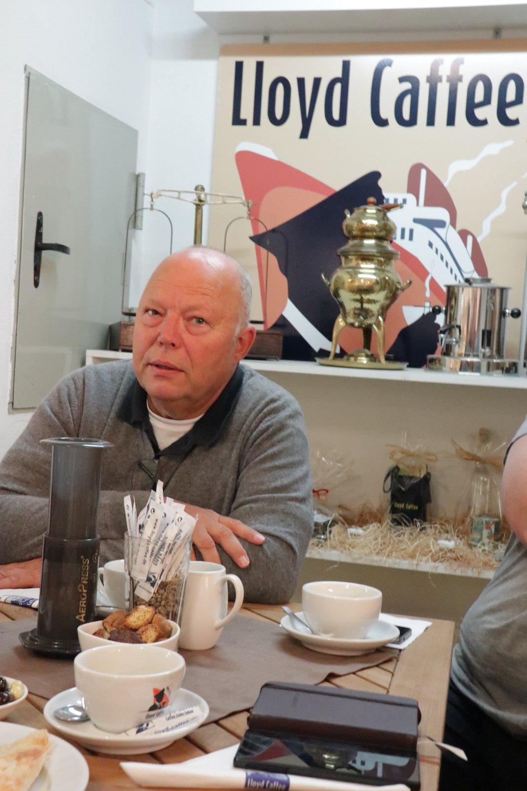 Christian Ritschel, Geschäftsführer Lloyd Caffee bei seinen Erzählungen