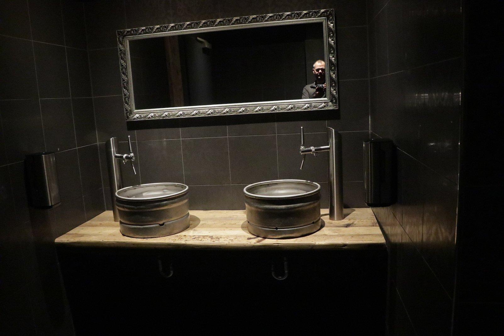 Und selbst die Toilette hat Highlights :)