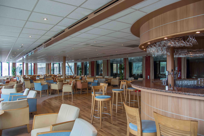 Bar und Lounge der MS Rhein Melodie
