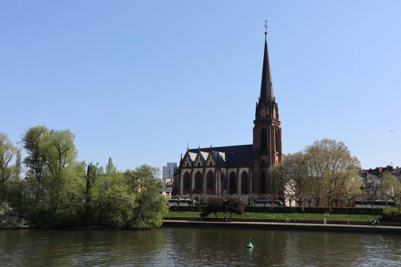 Dreikönigskirche in groß