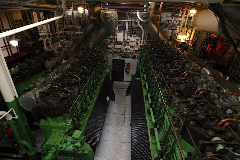Blick in den Maschinenraum der Gera in Bremerhaven