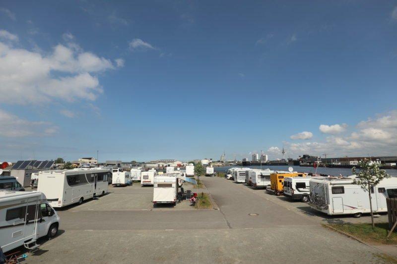 Wohnmobilstellplatz zwischen den Fischereihäfen 1 und 2 in Bremerhaven