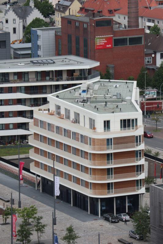 The Liberty Hotel Bremerhaven von Aussichtsplattform SAIL City aus