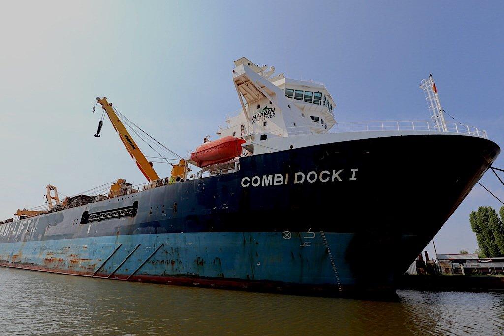 Combi Dock I